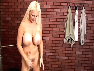 Ample Tits Old Spunker Loves To Fuck Her Fat Saucy Cooter Four U