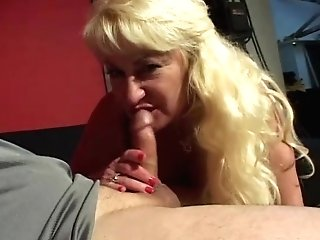 Huge-boobed Mom Gives Deep Throat And Smokes Ciggie