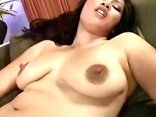 Asian Dame Know What To Do