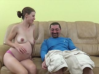 Preggie Mom Is Horny!