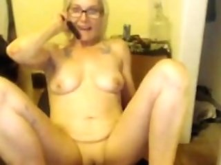 Blonde Housewife Lissa Lee In Glasses