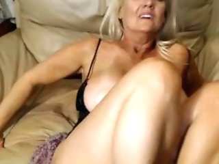 Nasty Old Cockslut Is Horny