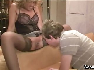 German Mom Caught Fucking With Youthfull Boy And Begin 3some