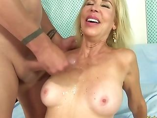 Granny Takes A Dick In Her Cakehole And Cunt