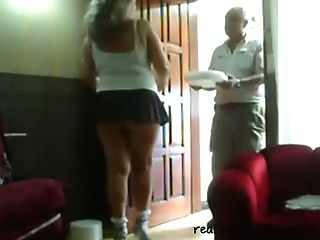 This Woman Loves Taunting Neighbors With Her Fat Sugary Backside