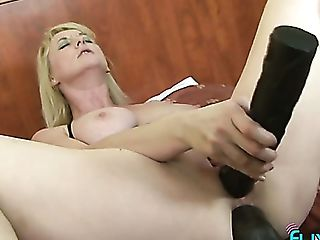 Horn-mad Blonde Cougar Lures Black Stud As She Wanna Be Fucked Hard