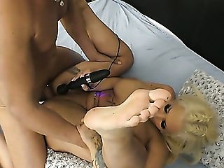 Enormous Jugged Tattooed Auburn Hoe With Big Booty Kyra Hot Is...