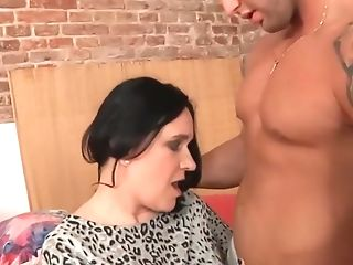 Matures Raisha Fuck Youthfull Man
