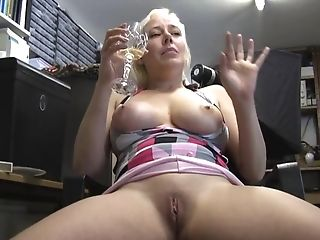 First-timer Vid Of Big-chested Blonde Chick Alyssa Jenkins Having...