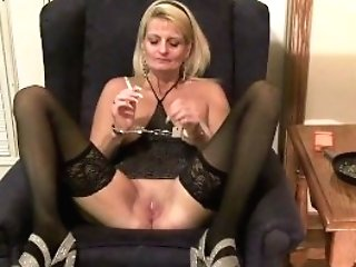 Blonde Cougar Matures Smoking Facefucking Cumslut