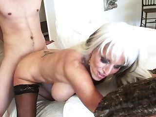Hot Blooded Blonde Sally D'angelo Hooks Up With One Nextdoor Dude