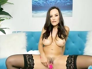 Pornography Mummy Lisa Ann Dildoing Her Humid Cunt On Rope Harness...