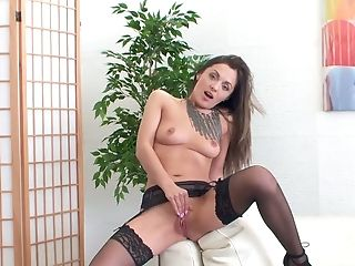 Housewife Dominica Phoenix Is Sucking Thumbs Taken Out Of Humid Slit