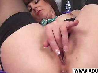 Smoothly-shaven Stepmother Toni Lace Take Bone Well Her Dad's...