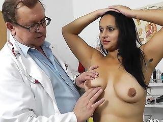 Latina Cougar Rosita And Her Gynecology Medic