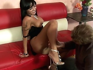 Huge-boobed Black-haired Cougar Slips On Hard Dick Switch Roles...