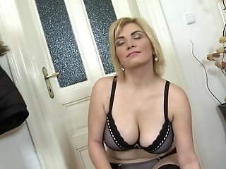 Matures Big Tit Mommy With Greedy Cunt