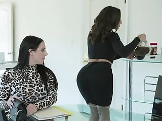 Killing Hot Lesbos Angela Milky And Abella Danger Fuck Each Others...