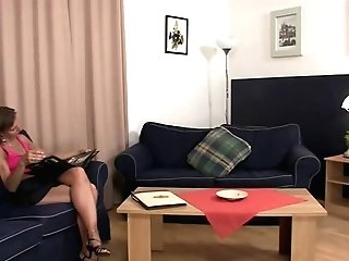Daughter-in-law Witnesses Hubby Fucking Not Her Old Mom