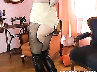 Luxury Matures Hoe Lara Is Actually Accomplished At Providing A...