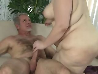 Horny Matures Duo Gives A Rail And A Good Blowage To Her Hubby