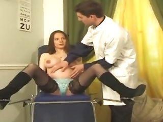 Schwangere.. Bei Der Untersuchung In Den Arsch Gefickt