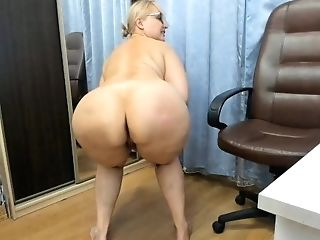 Russian Matures Bbw Rope Harness Model Indulges In Ass Fucking Games