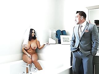 Crazy Future Bride With Veil Ava Addams Gives Terrific Tit-banging