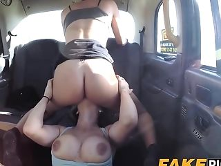 All Girl Cab Mummy Is Hot And Horny For Some Delicious Gash