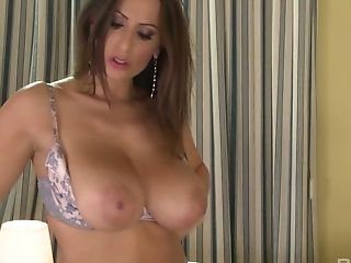 Hot Vamp Voluptuous Jane Gives A Boob Banging And Gets Her Ass Hole...