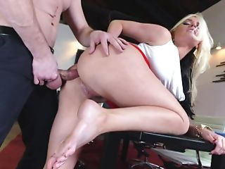 Dude Pulls His Dick Out And Plunges It In A Hot Blonde In Her Booty
