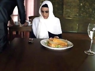 Arab Lebanon Nymph Thirsty Woman Gets Food And Fuck