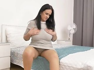 Wearing A Nylon Pair Of Pantyhose Sans Underpants Gets Ria Black...