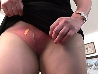 Yankee Bbw Mummy Mia Jones Gets Active With Faux-cock