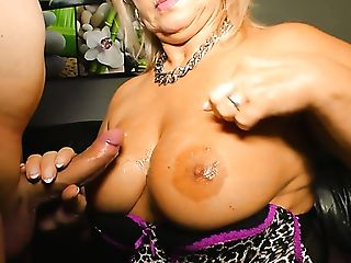 Sexy Susi Is A Spicy Hot Mummy With A Big Booty Who Loves A Good...