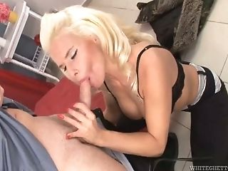 Blonde Honey With Big Puffies Gets Banged In Close-up Vid