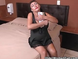 This Nylon Crazed Latina Mummy Knows How To Have Fun