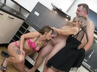 Group Fuck-fest In The Kitchen With Pavlina Bohmova And Her Friend...
