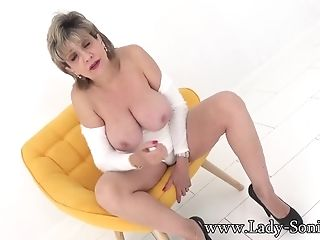 Come Edge Yourself For Your Sexy Aunt-in-law Sonia