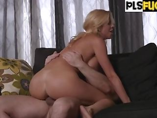 Sonnie Humping Stepmother Alexis Fawx