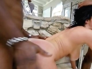 Housewife Mummy Veronica Avluv Fucked By Two Black Intruders