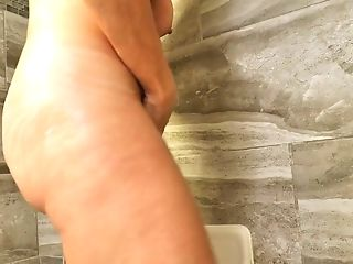 Crimson Haired Matures Woman Andi James Is Taking A Bathroom And...