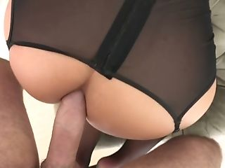 Sexually Compulsive Blondie Cougar Phoenix Desire Attempts To Cope...
