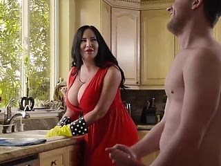Curvy Mom Sybil Stallone Takes Sonnie For A Rail