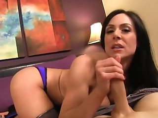 Kl Mommys Pantyhose Footjob