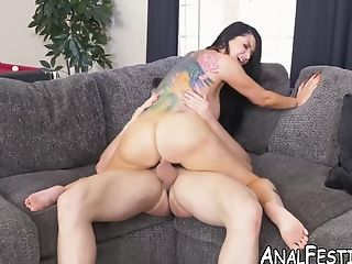 Romi Rain Has An Amazing Bubble Butt And Loves Big Fuckpole