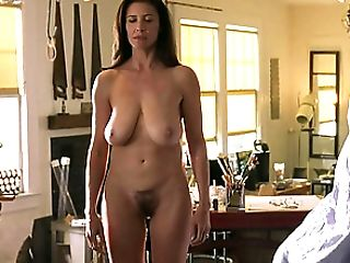 Adorably-shaped Woman With Big Natural Jugs Comes For Rubdown