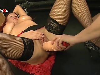 Big Fucktoys And Entire Knuckles Inwards Faye Rampton And Wendy...