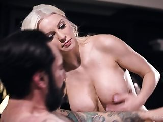 Provocative Assistant Kenzie Taylor Dreamed To Have Intercourse...