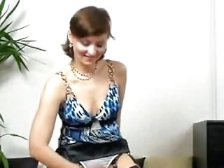 Hand Jobs Fail! Is It The Very First Time Matures Lady Kirsty Blue...